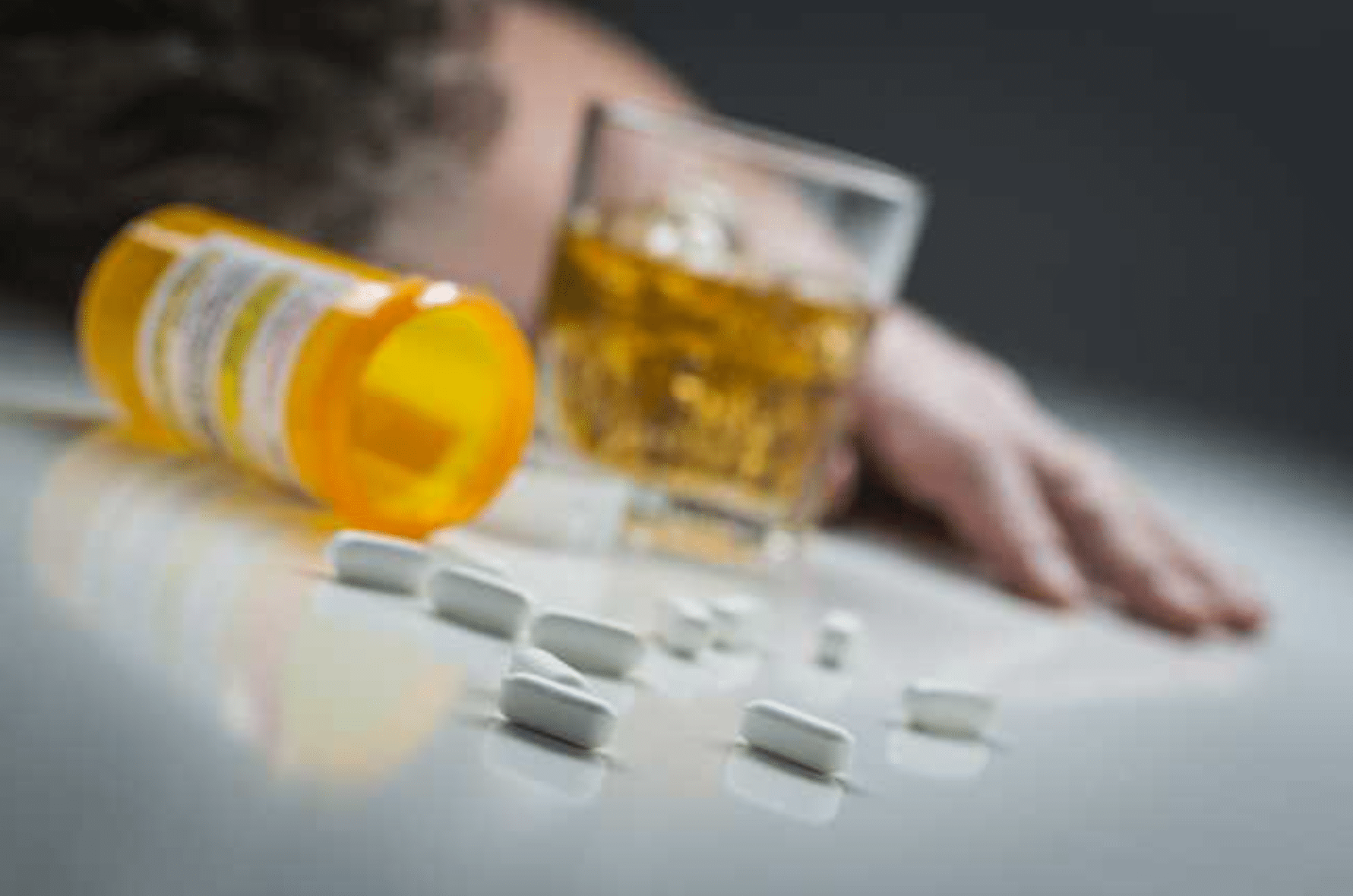 5 Reasons the Substance Abuse Rate is High Among College Students